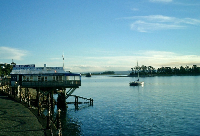 Great food best atmosphere Boat Shed Cafe Restaurant Nelson New Zealand - 2003
