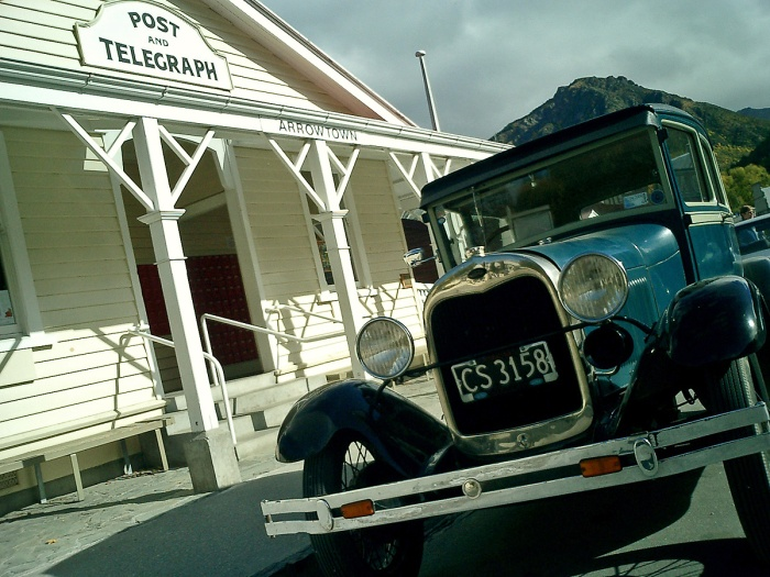 Old fashioned car outside Arrowtown Telegraph Office