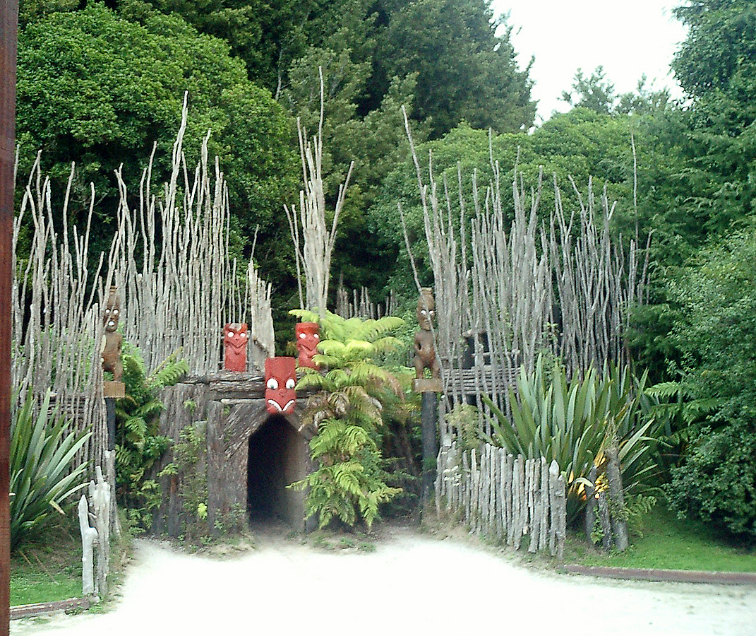 Maori Village: Travel: New Zealand – April 2003 (part 2)