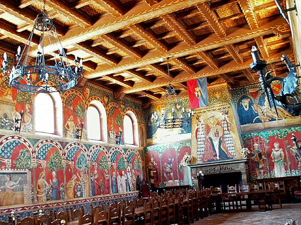 calistoga-castello-di-amorosa-very-convincing-medieval-interior
