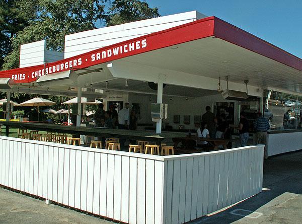 heading-into-st-helena-gotts-roadside-diner