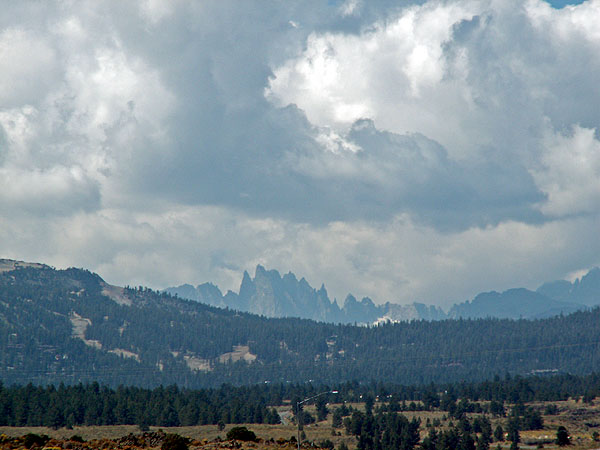 jagged-peaks-and-monstrous-mountains-heading-north-along-the-395-beyond-lone-pine-big-pine-and-bishop