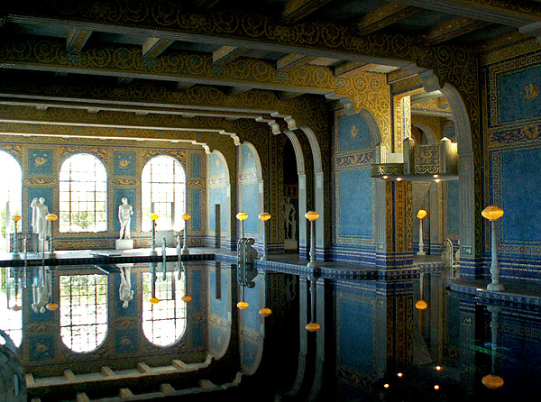 san-simeon-inside-hearst-castle-the-swimming-pool-used-by-david-niven