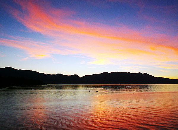south-lake-tahoe-blue-water-bistro-sunset