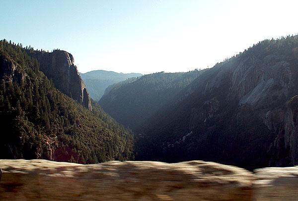yosemite-national-park-on-highway-120