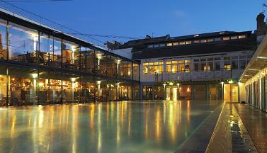 clifton-lido-at-night-bristol-pool-spa-and-restaurant
