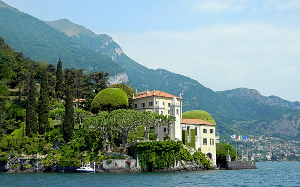 Luxury villa on shores of Lake Como - Italy - Photo by David J Rodger
