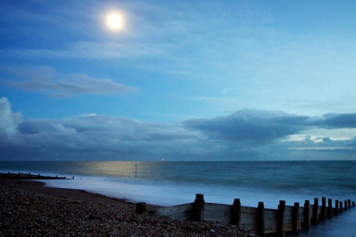 Ocean swimming by moonlight on Hayling Island photo by Hagen Lansdem
