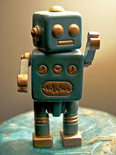 photo-of-a-japanese-minature-robot-owned-by-sci-fi-and-dark-fantasy-author-david-j-rodger