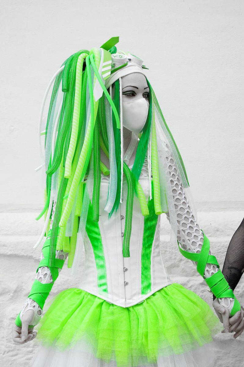 Techno Girl Fashion