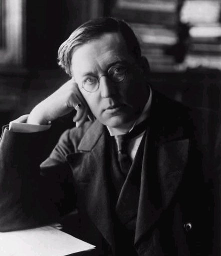 Photo of M R James English Ghost Story and Horror Writer