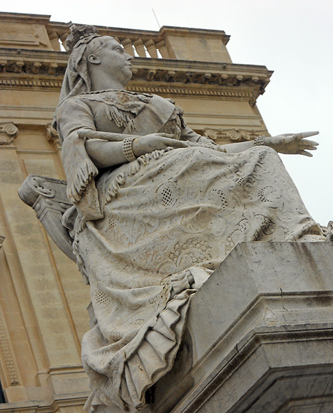 Malta Valletta statue of Queen Victoria pride of place outside Biblioteca Nazionale a Valletta