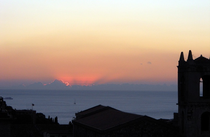 travel photo Sicily Taormina watching the sunrise from hotel room Excelsior Palace 1