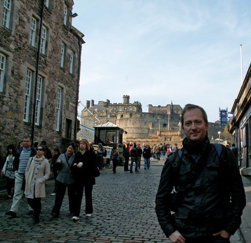edinburgh-scotland-david-j-rodger-on-the-royal-mile