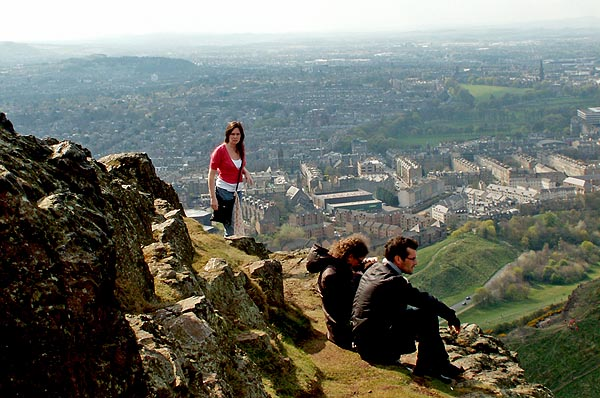 edinburgh-scotland-the-view-from-the-top-of-arthurs-seat