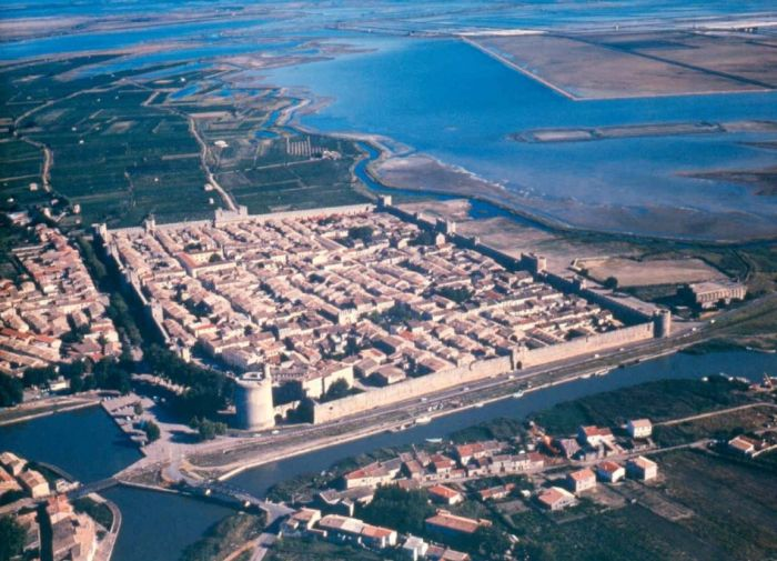 aigues-mortes South of France medieval crusader fort used in post-apocalyptic setting of Yellow Dawn