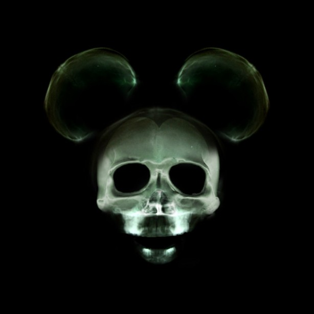 x-ray cartoon mouse wallpaper