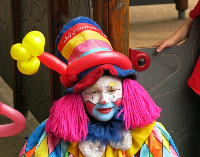 Travel Photo Oslo - Frogner Park - Children's Clown - Copyright David J Rodger