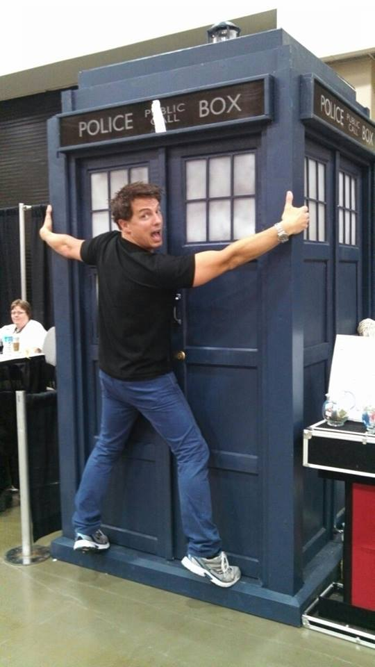 John Barrowman gives ultimate seal of approval for Major Sebastian Perry home-made Tardis