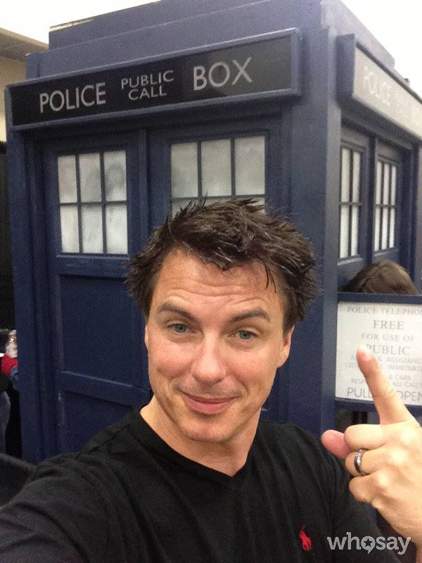 John Barrowman takes self-portrait photo in front of Major Sebastian Perry Tardis