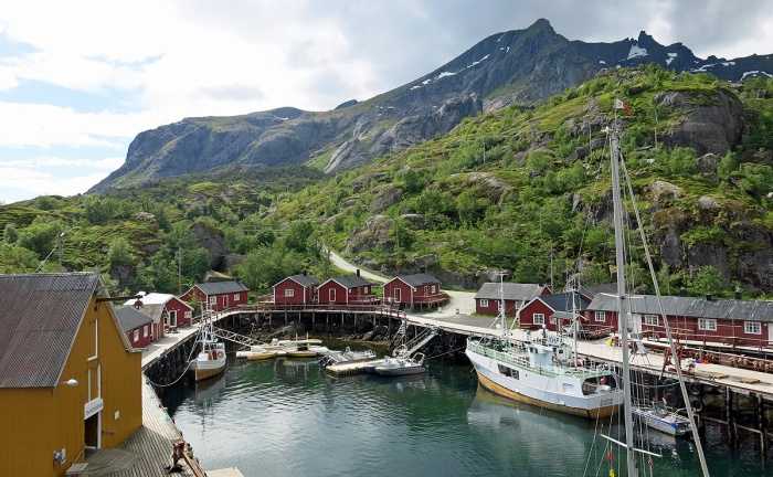 travel photo arctic circle  Norway - Nusfjord harbour - image copyright David J Rodger