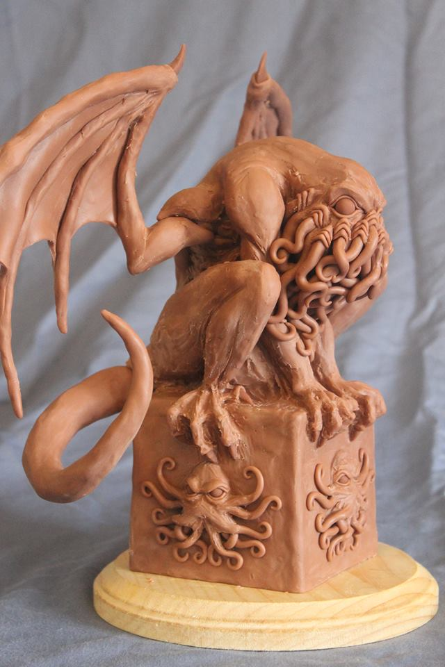 Cthulhu Mythos Sculpture - Crouching Cthulhu by Shaun Gentry - work in progress (2)