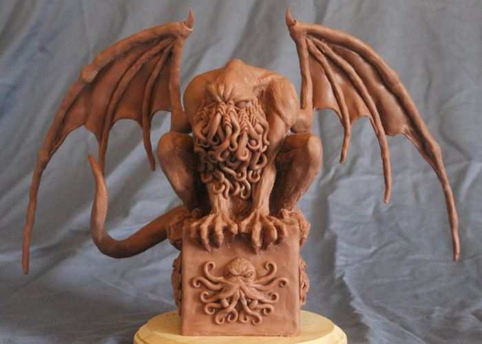 Cthulhu Mythos Sculpture - Crouching Cthulhu by Shaun Gentry - work in progress (3)