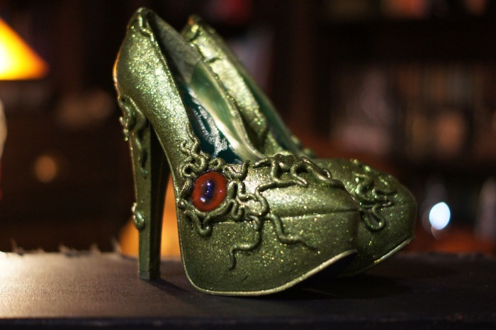 Custom Cthulhu Pumps - soapstone green shoes for girls who love to tease with tentacles