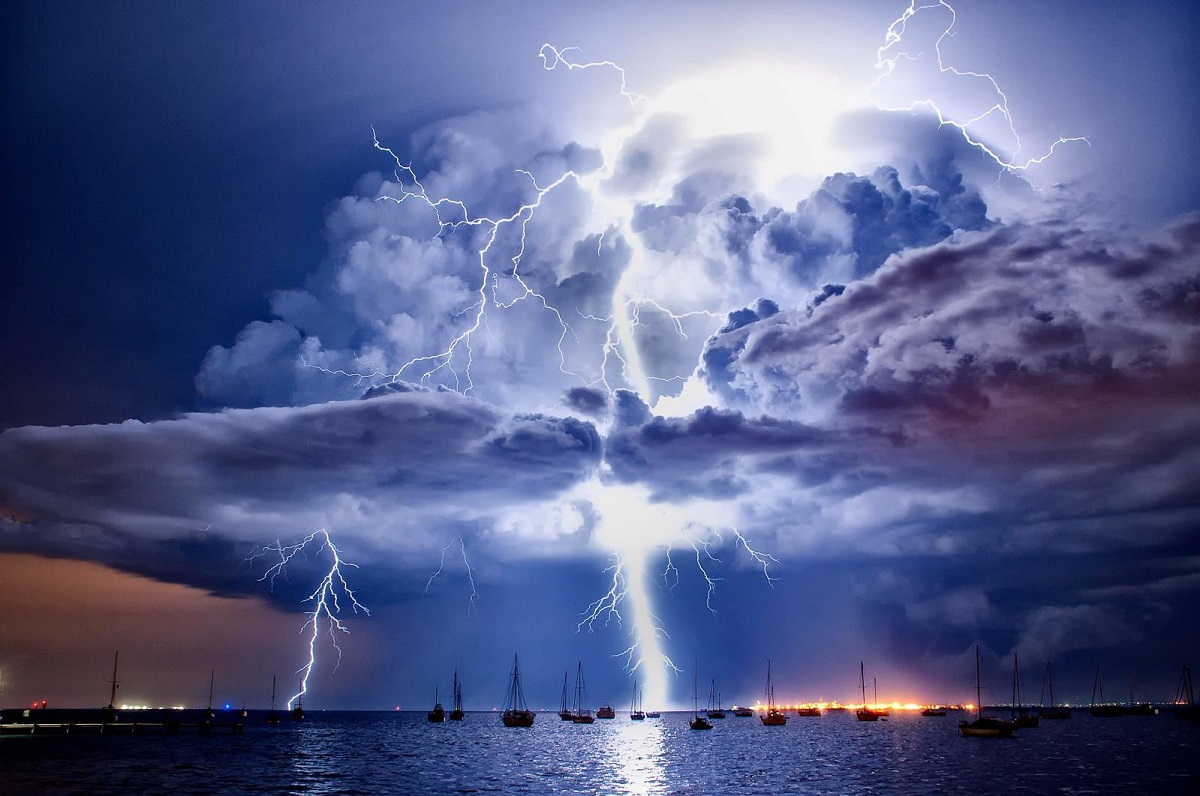 Violent storm erupts over the sea