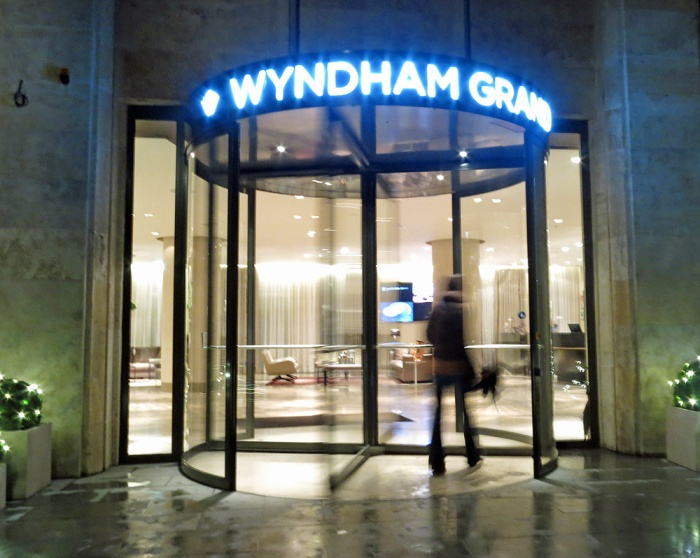 Wyndham Grand - excellent hotel Berlin - used by David J Rodger whilst planning Oakfield novel