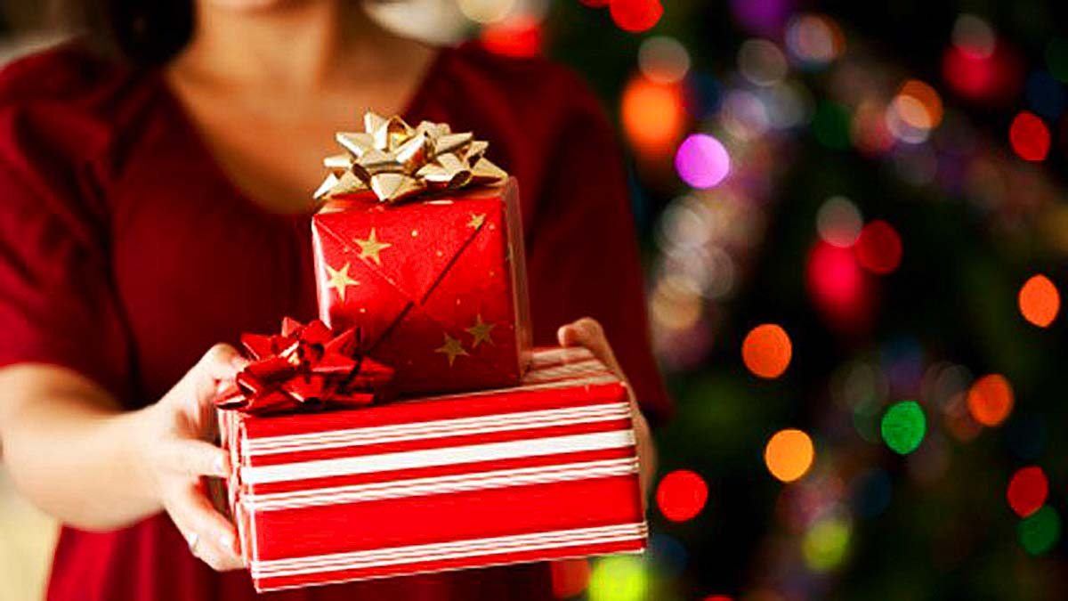 Christmas Holiday Season Last Minute Gift Ideas - Purchase a Kindle Book as a Gift
