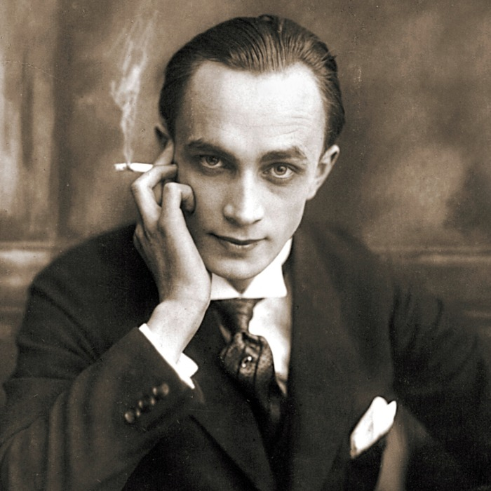 Conrad Veidt - stunning black and white movie star photo