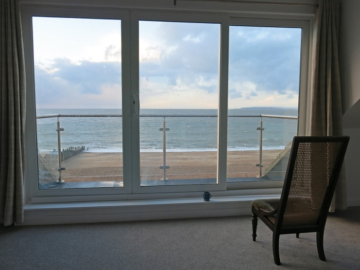 Hayling Island England - Beautiful house with a sea view - writers retreat