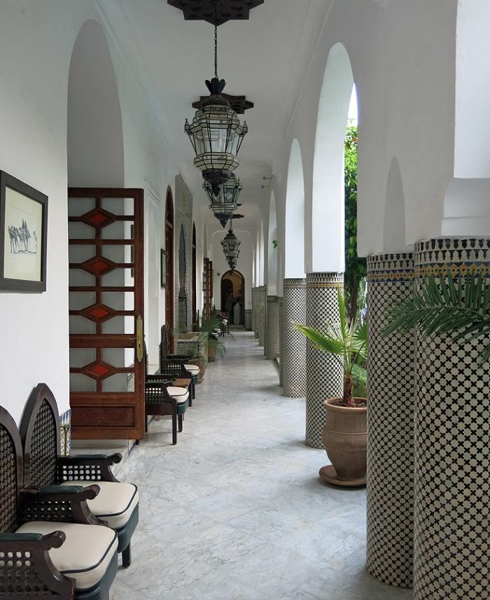 Morocco -Marrakech Riad -Palais Donab Dar El Bacha - colonnade