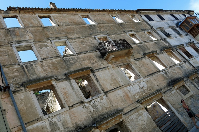 Skradin - Croatia Travel Photo by David J Rodger - abandoned Serbian residence