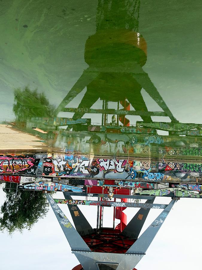 Sky Crane - NDSM Amsterdam photo by David J Rodger