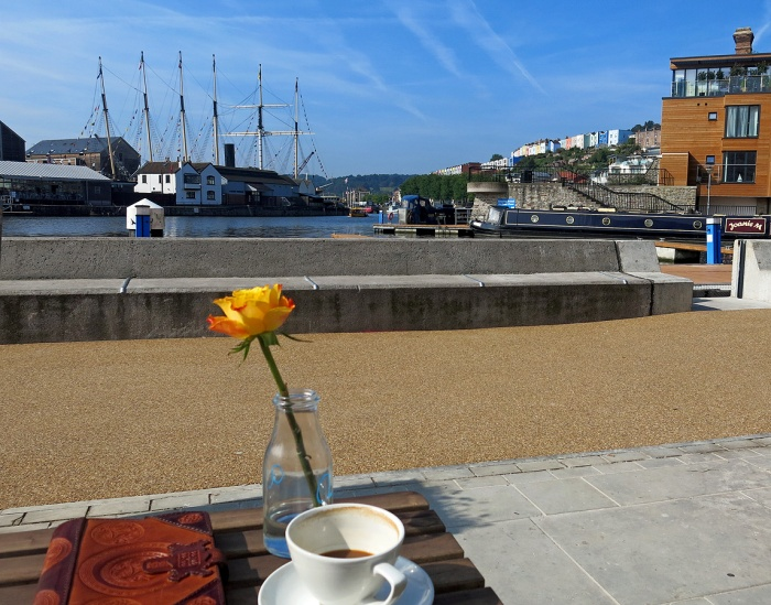 Brigstow Lounge Bristol amazing atmosphere outside and in - sit and gaze into heart of historic harbour