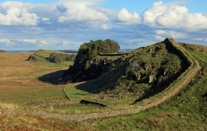 Hadrians Wall near Vercovicium - Housesteads Roman Fort - image by David J Rodger