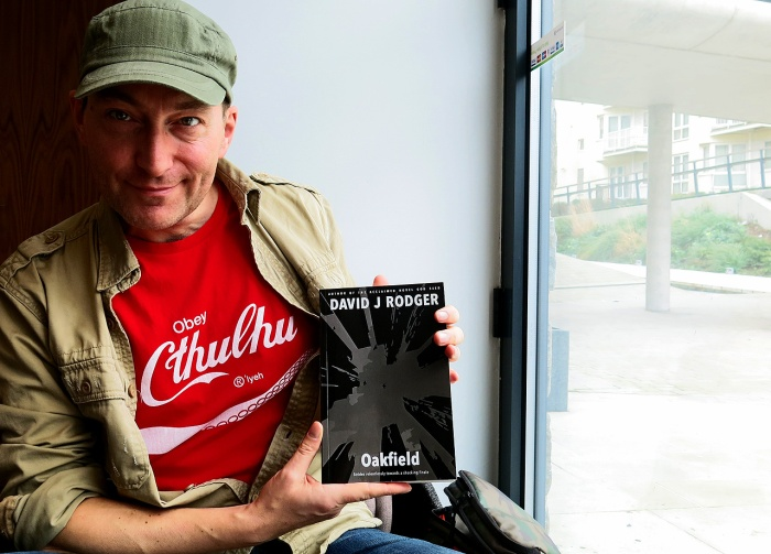 Science Fiction Dark Fantasy Author David J Rodger with his new Cthulhu Mythos horror novel Oakfield