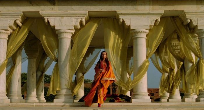 The Fall (2006) Tarsem Singh - Justine Waddell in a story that could only work in cinema, a story that defines the very role of cinema - a painting in moving pictures
