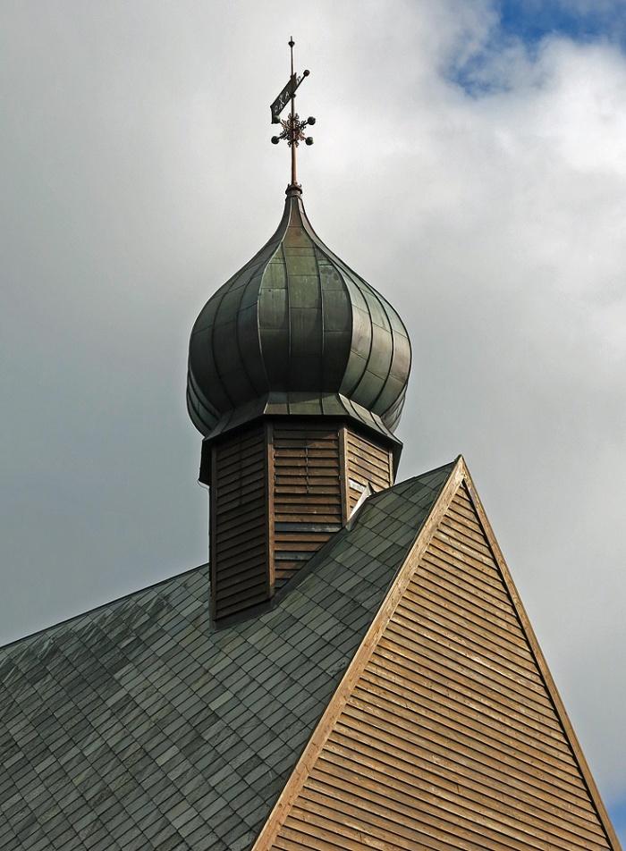 Dønnes kirke  image David J Rodger